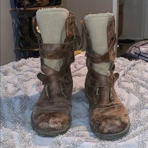 Distressed combat style boots size 8.5